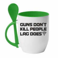 Кружка з керамічною ложкою Guns don't kill people, lag does