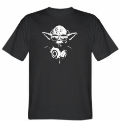 Футболка Yoda в навушниках
